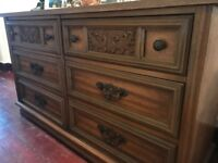 Antique effect sideboard/chest of drawers/table