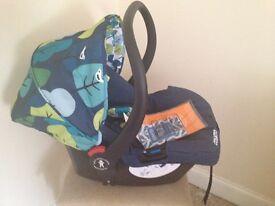 COSATTO BABY CAR SEAT BRAND NEW.