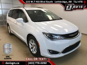 Used 2017 Chrysler Pacifica Touring L Plus-7 Passenger, Leather,