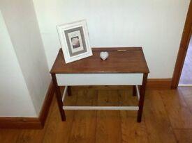 beautiful vintage oak desk / small table