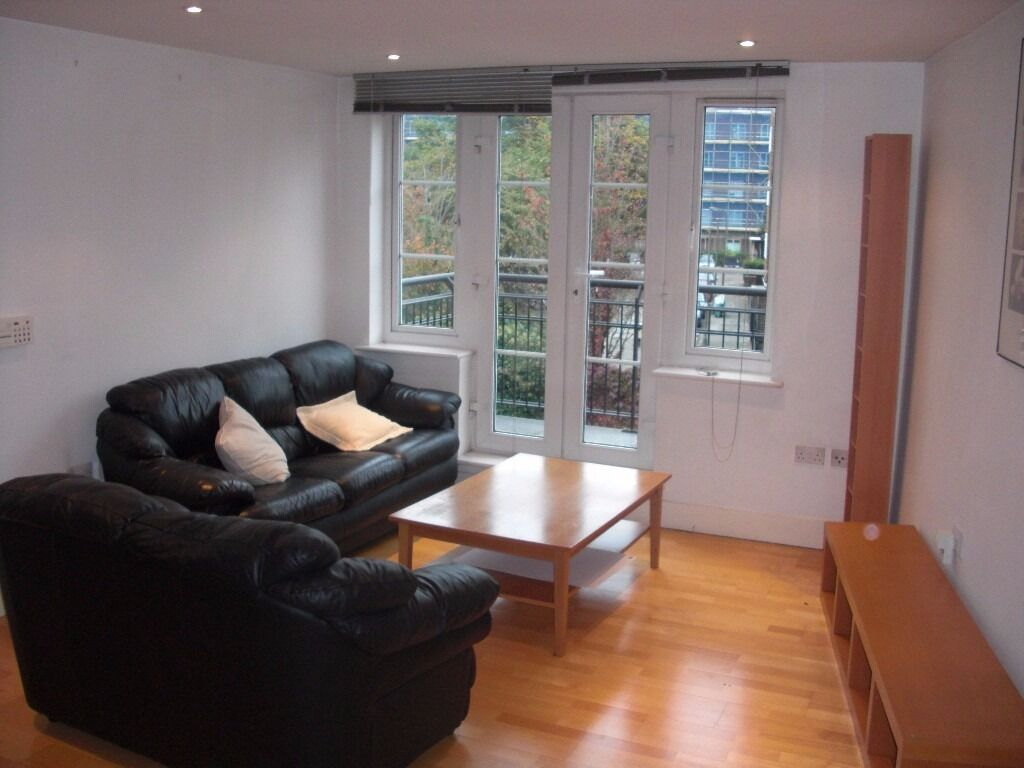 The best two bed in Clapham- garden/ 2 good doubles/ spacious