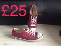 Converse worn once size 3