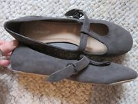 Topshop T-Bar Grey Suede-Effect Casual Shoes SIZE 7