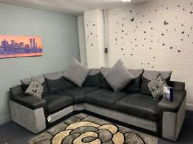 Absolutely Gorgeous Grey & Black immaculate SCS corner sofa & care kit 12 months old RRP £1950
