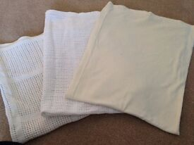 White/Cream Unisex Mothercare/Mamas and Papas Baby Blanket Bundle