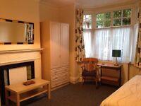 2 LARGE SINGLE ROOMS £140 pwk each EALING W5 *BILLS INCL*