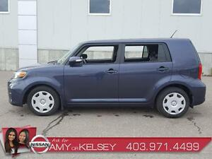 2012 Scion xB **LOTS OF ROOM**