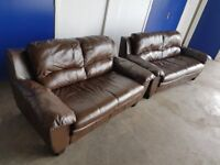 BROWN LEATHER LOUNGE SUITE 3 SEATER SOFA & 2 SEATER SETTEE / COUCH DELIVERY AVAILABLE