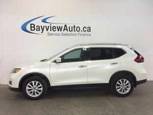 2017 Nissan ROGUE SV- SPORT! AWD! REM STRT! PANOROOF! HTD SEATS!