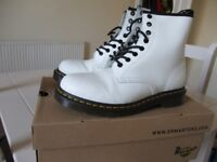 Dr Martens boots, white, size 6, only worn twice