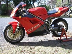 Lovely 1995 Ducati 916 Strada Leura Blue Mountains Preview