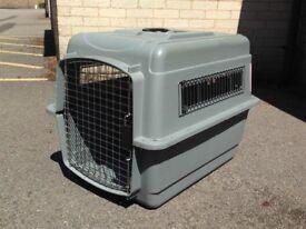Pet Kennel, Petmate Sky, IATA-compliant for air travel