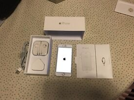 Silver/White IPhone 6, 16gb - Excellent Condition