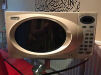 Excellent microwave for sale. £15