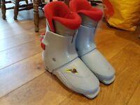 Kids Ski Boots Size 3.5 (Mondo 22.5)