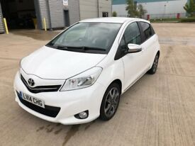 ** TOYOTA YARIS 2014 KEYLESS ENTRY,PART LEATHER,CAMERA,SENSORS,AUTO WIPER & LIGHTS,LOW MILEAGE **