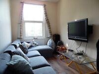NEWLY REFURB 5 BED 2 BATH IN AN EXCELLENT CONDITION IN CLAPHAM COMMON