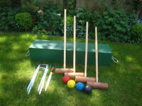 Full size Victoria croquet set made by Status - in box - outdoor games