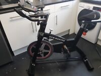Excellent spin bike (nearly new)