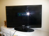 Samsung TV - 40 inch - Good Working Order - With Stand