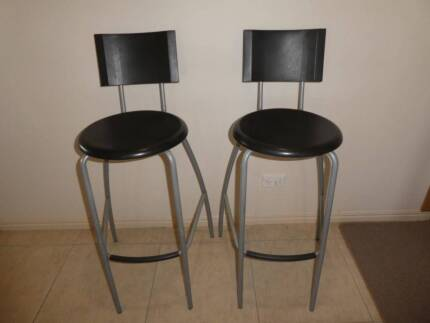 Bar Stools in very goog condition