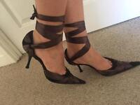 Beautiful heels size 7uk
