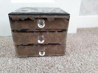 Jewellery box. Patterned glass 3 draws.