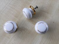 White porcelain cupboard door knobs with gold detail x36
