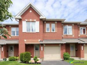 $339,900 - Townhouse for sale in Orléans