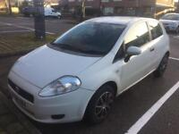 2009 09reg Fiat Grande Punto 1.4 Petrol White Low Insurance