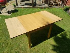 4-6 person extending table - IKEA