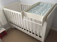 Mamas & Papas Rialto Cot/Toddler Bed (Ivory) with Cot Top Changer