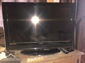 32 lcd freeview tv in nice condition with remote