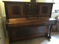 MURDOCH [Murdock] - very attractive upright piano, fully restored.