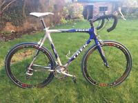 Trek full carbon bike
