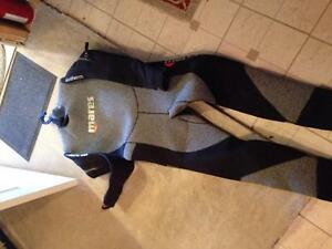Semi dry scuba wetsuit, weight belt, fins and boots