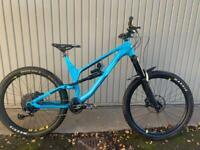 XL Canyon Torque Mountain Bike
