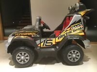 CHILDS FEBER BATTERY POWERED ELECTRIC RIDE IN JEEP CAR