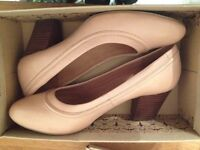 CLARKS LADIES SHOES Size 6 - Boxed, never worn