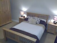 FURNISHED CLEAN WARM TOP FLOOR ONE BEDROOM FREE PARKING MORNINGSIDE FLAT