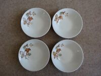 H AYNSLEY CEREAL/SOUP BOWLS X 4