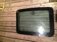 1999-07 Ford F250/350 rear passenger glass