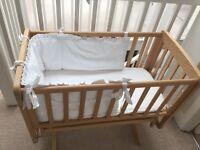 Mamas&Papas gliding crib - Natural. Perfect condition