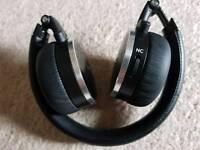 Akg n60nc headphones