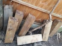 Wood beams 53-55cm high 16x16cm. 7 pieces