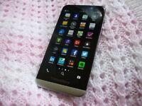 Blackberry Z30 - Black - Vodafone - Boxed
