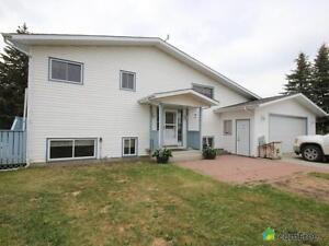 $729,000 - Acreage / Hobby Farm / Ranch for sale in Leduc County