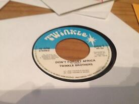 Don't forget Africa - Twinkle Brothers 7'' Roots Reggae Records/vinyl