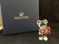 SWAROVSKI KRIS BEAR - RED ROSES FOR YOU