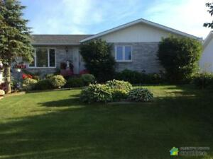 $289,500 - Bungalow for sale in Hearst